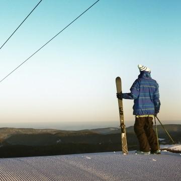 Downhill ski resorts