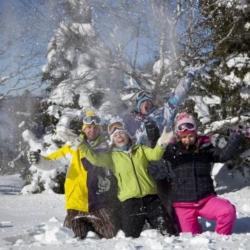 s16s-enfants-dans-la-neige-2credit-photo-billotte-528