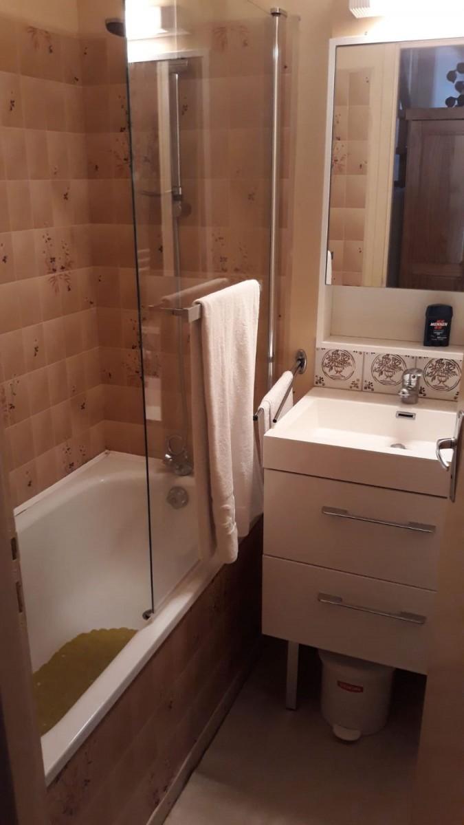 salle-de-bain-20200624-477284
