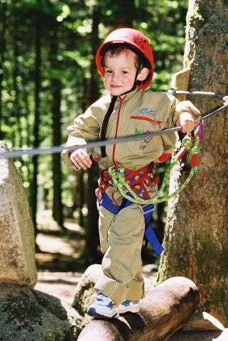 enfants-parc-aventure-bol-d-air-n-6-la-bresse-88-credit-otl-147067